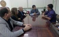 Em reunião com secretário, Rogério cobra mais agilidade na entrega de carteira de identidade