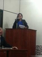 Lei de autoria da vereadora Reziane Barros dá direito a meia entrada para professores