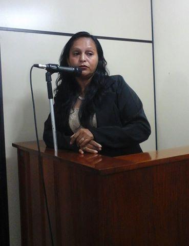 """Projeto de Lei """"Mulher Destaque"""", de autoria da vereadora Reziane Barros é aprovado na Câmara de Mâncio Lima"""