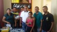 Vereadores comemoram entrega do primeiro lote de identidades em Mâncio Lima