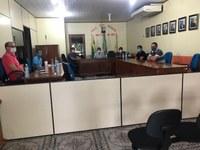 VEREADORES SE REUNEM COM SECRETARIA DE SAÚDE PARA TRATAR SOBRE  COVID-19 NO MUNICIPIO.